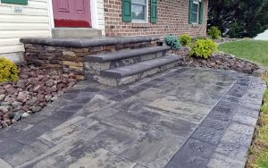 Hardscape-Front_ENTRACNCE_HANOVER_PA_DREAMSCAPE