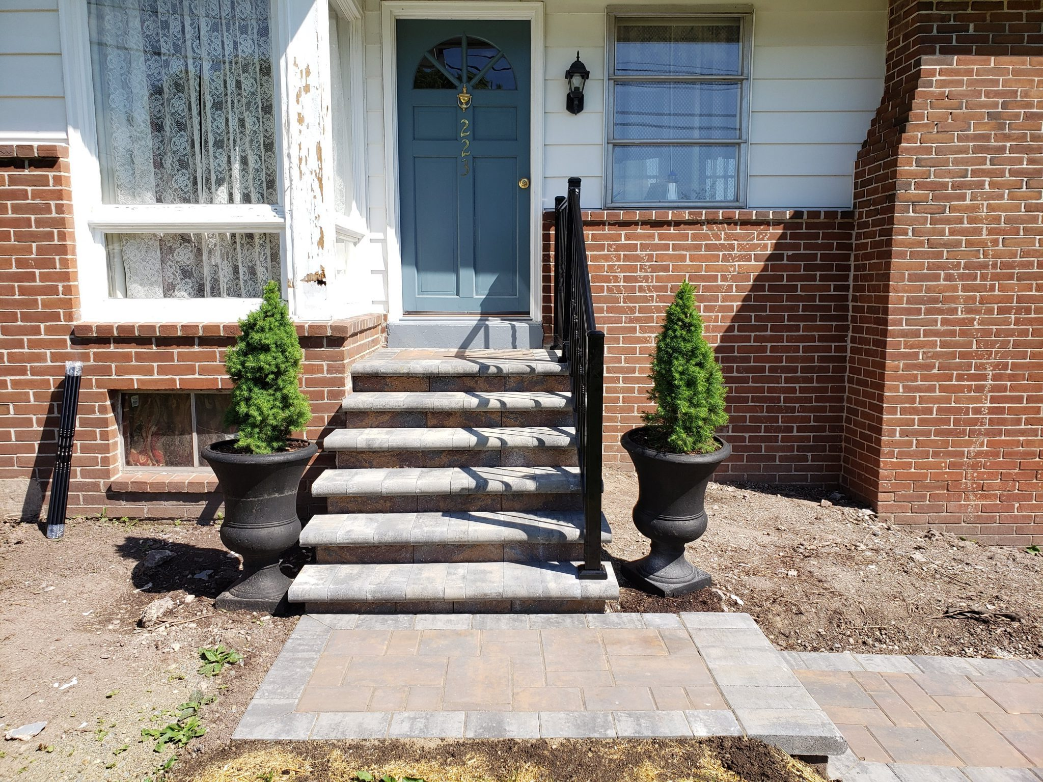 Gettysburg Steps Entryway Hardscape - DREAMscape Outdoors